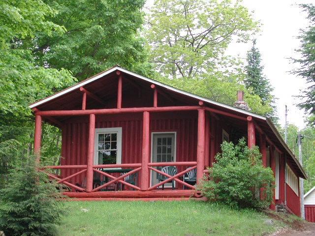 "Cottage 5 ""MacDonald House"""