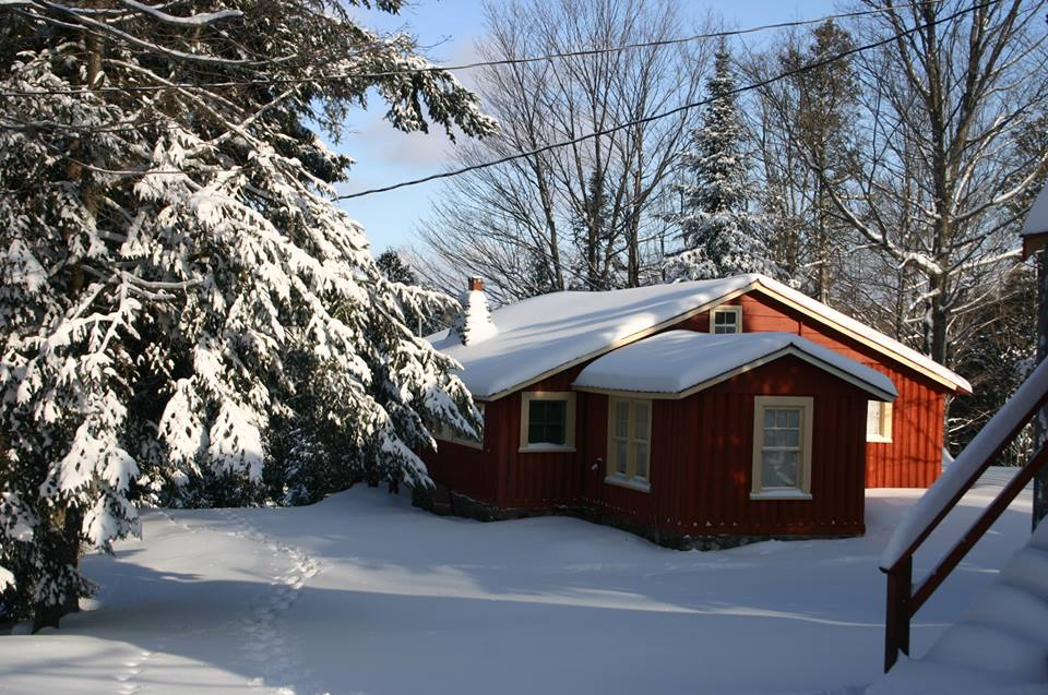 Cottage 5 Winter.jpg