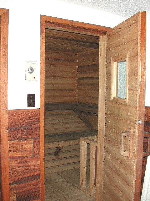 Sauna pic2 - Copy.jpg