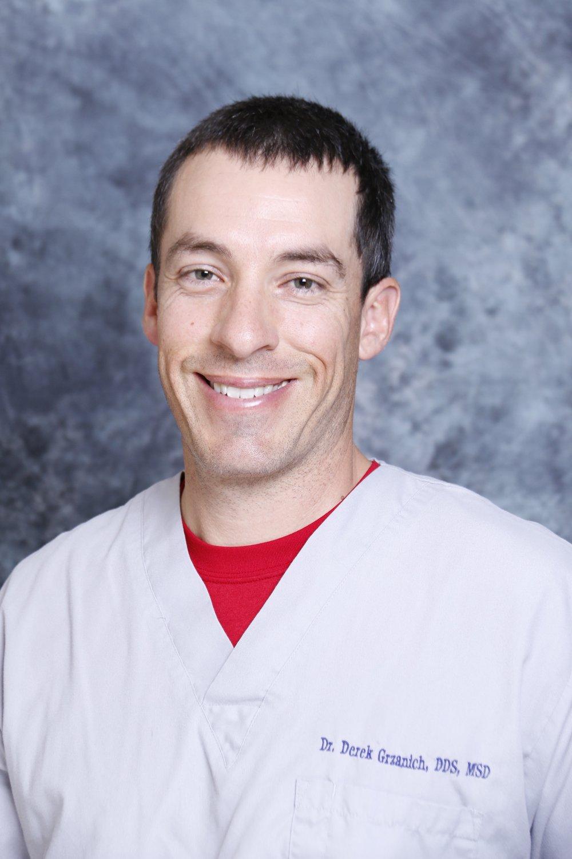 Endodontist Houston.png