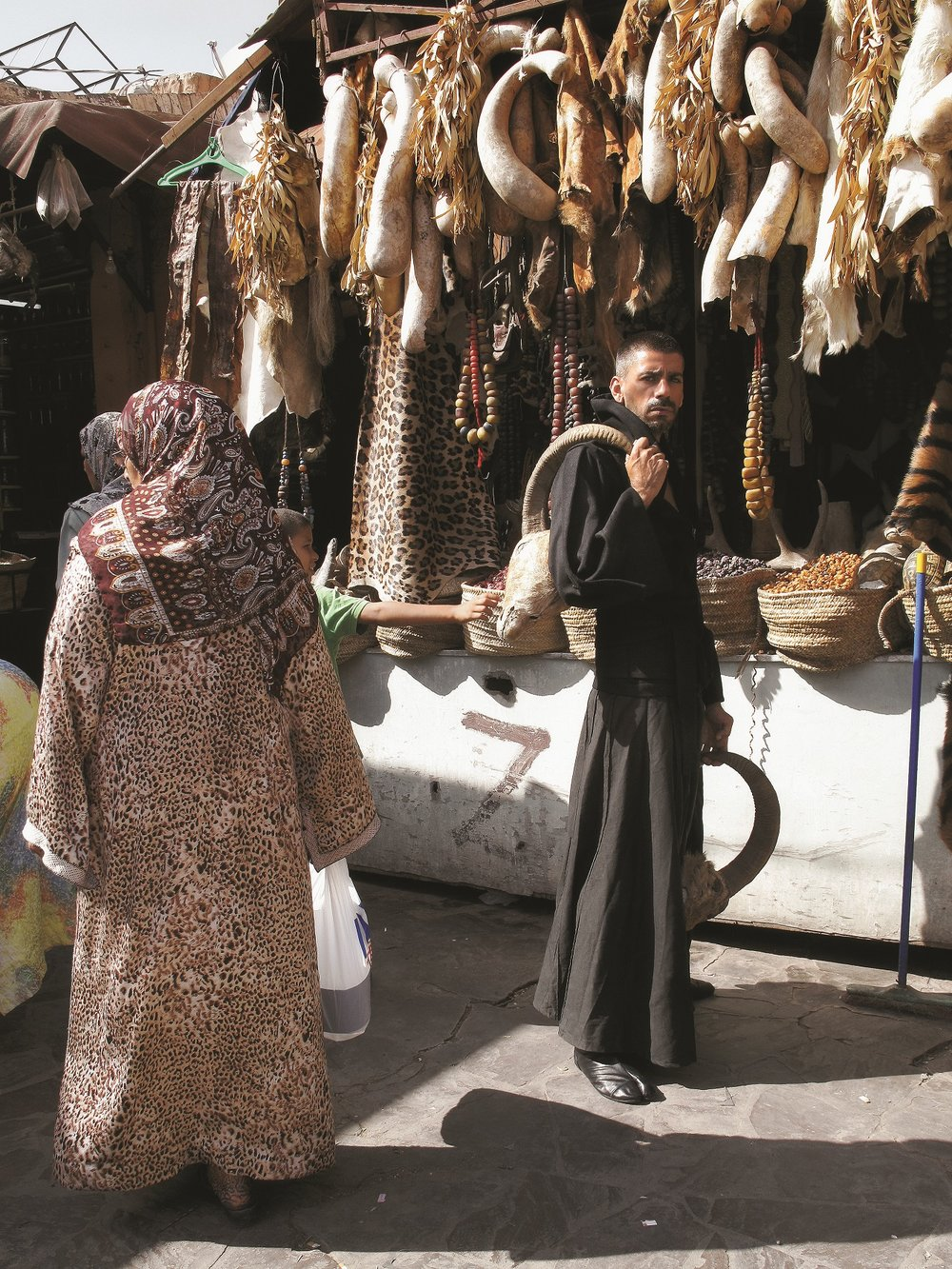 9 globetrotter issue 2 fashion spread morocco abcb culture and bullshit.jpg