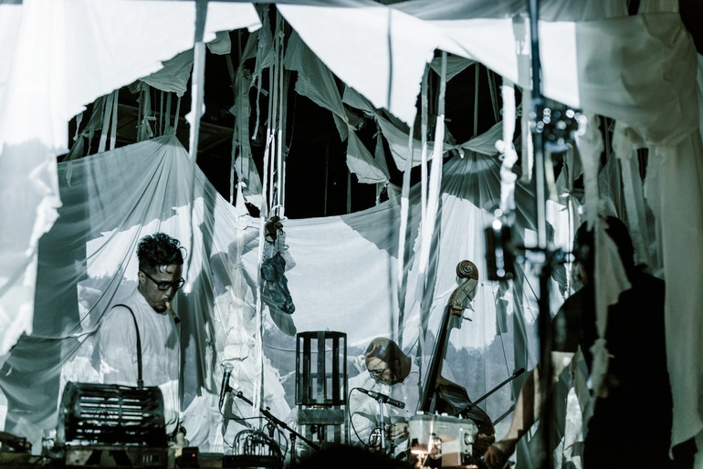 Circo de Sastre - A Modern Circus from Japan by musicians Daiho Soga and Gandhi Nishigaki of Cinema dub Monks, designer Takayuki Suzuki and lighting artist Takashi Watanabe  - 03.jpg