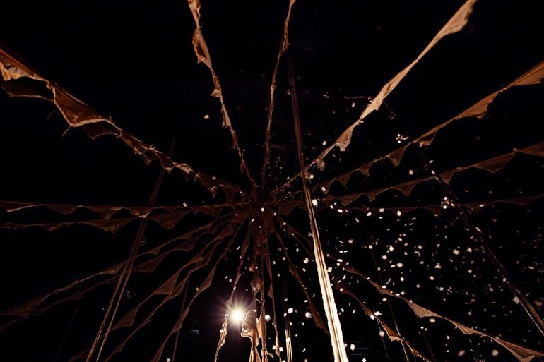 Circo de Sastre - A Modern Circus from Japan by musicians Daiho Soga and Gandhi Nishigaki of Cinema dub Monks, designer Takayuki Suzuki and lighting artist Takashi Watanabe  - 07.jpg