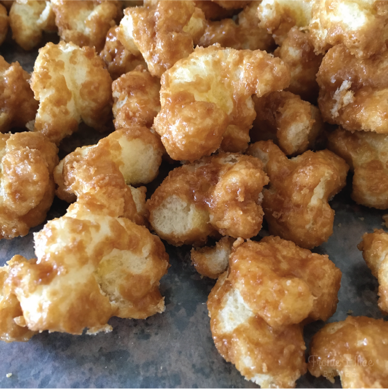 Easy Homemade Caramel Corn by Fronie Mae Bakes