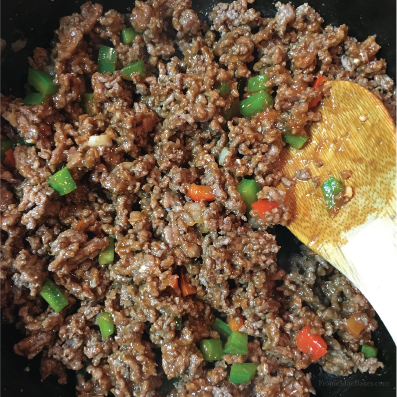 how-to-make-spicy-sloppy-joes-recipe-fronie-mae-bakes-01.png