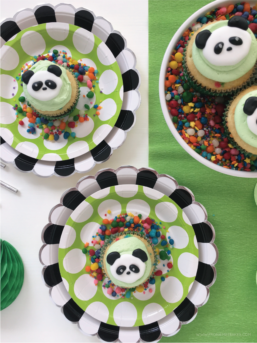 Make these adorable Royal Icing Panda Cupcake Toppers with our Free Printable Template found on www.froniemaebakes.com