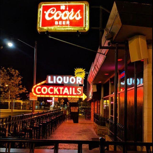 When it rains, we pour! . . . .  #vegas #dtlv #draaaanks #cocktails #mixology #lasvegas #beer #beerstagram #beerlover #vintagevegas #bar #bars #mixology #cocktails