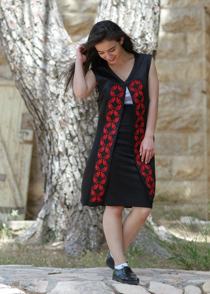 Taita_Leila_hand_embroidered_vest_Jericho_1-min_1024x1024.jpg