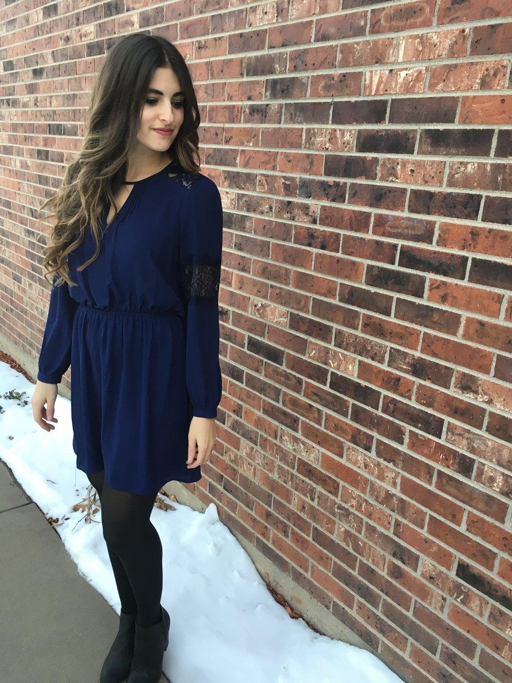 Lace Inset Elastic Dress