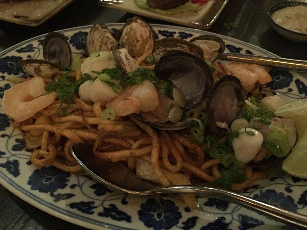 Seafood Laksa Chow Mein