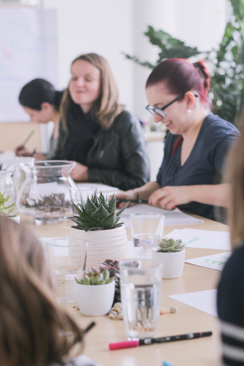 Modern Brush Calligraphy and Hand Lettering Workshop with Octalita