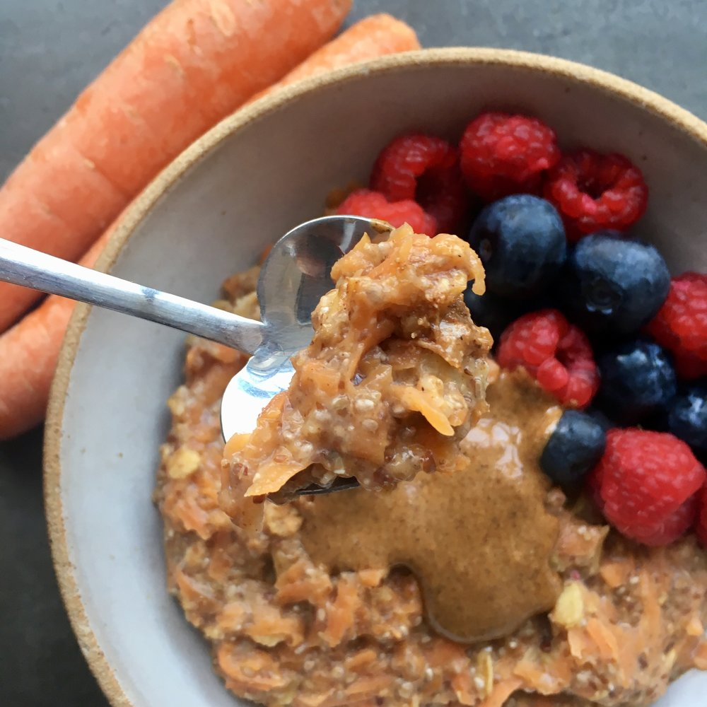 Close up - look at that sticky flax, chia, oaty combination!