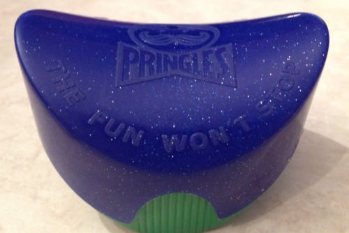 pringles-potato-chip-snack-pack-plastic-container-blue-glitterd-top-green-base-df936ce36a44edf6cab9850f4984b71d.jpg