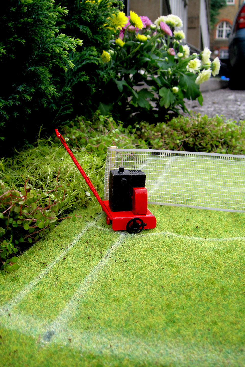 wimbledon tennis London pothole garden Lawn mower
