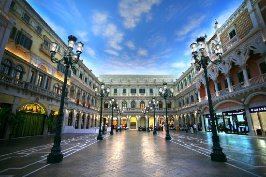 grand-canal-shoppes