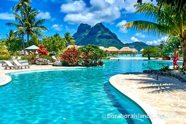 Image source: http://www.boraboraislandguide.com/images/DSC_5451Bora-Bora-pearl-beach.jpg