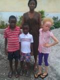 Wuya Dabisie (left) Ernest Dabisie (Middle)