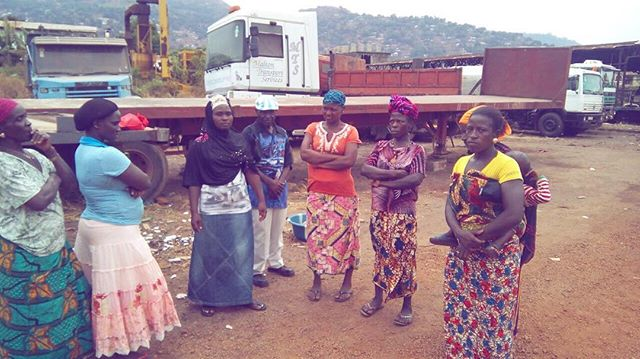 These are backyard farming women who live and work around the eastern part of Freetown. Their occupation is farming and it is through this gardening they are able to afford to pay for their children's school fees,feed and upkeeps. CPCSSL team members/volunteers alongside our founder Mr. Joseph Gbao held a meet and greet with the chief, women and community liaison officers at St. Joseph Vocational Training Center! -