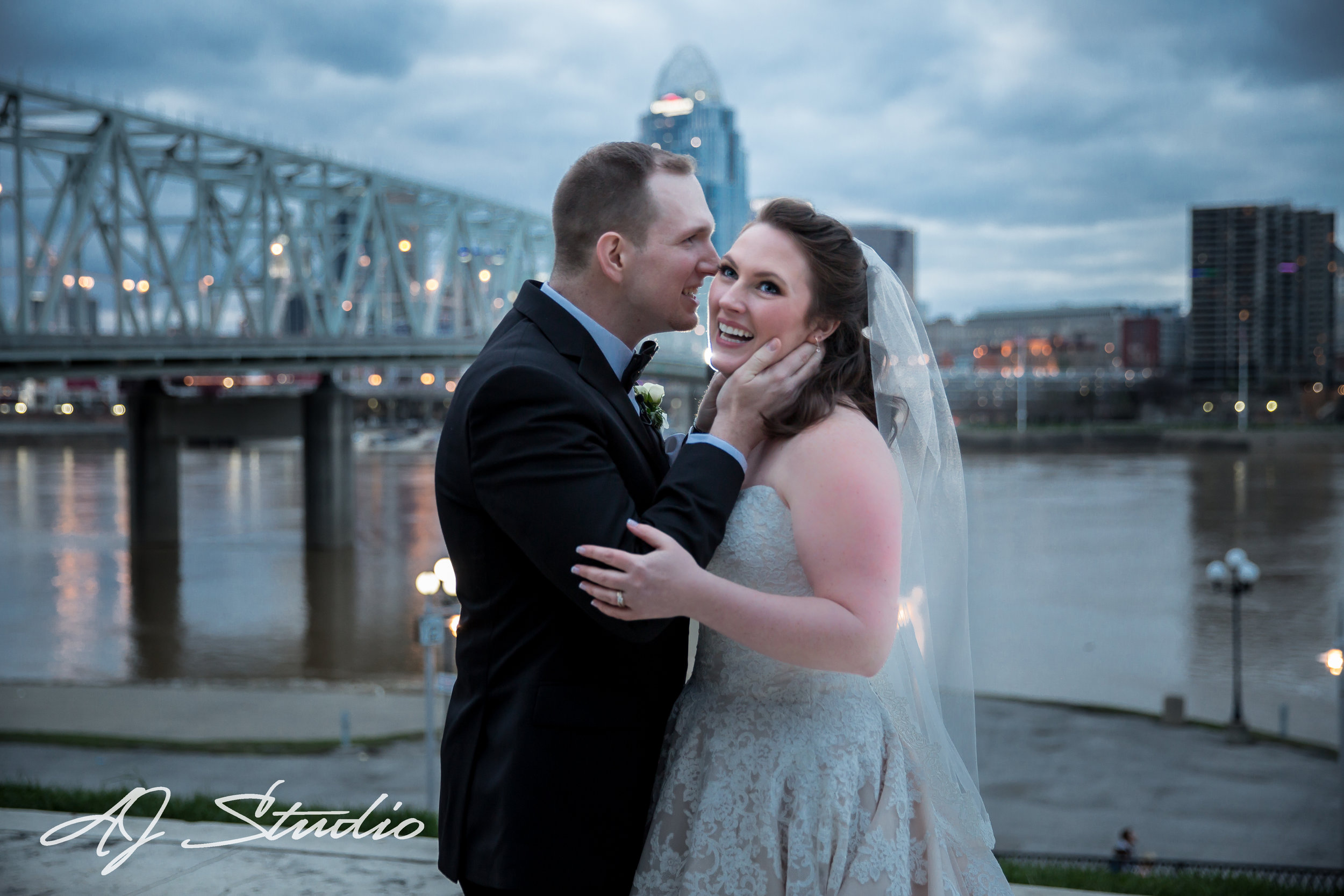 If you are interested in booking Newport Aquarium for your wedding, follow the link below. http://www.newportaquarium.com If you would like AJ Studio Photography by Angela & Jaime to Photograph your wedding, please contact us below. https://www.ajstudiollc.com/say-hi/