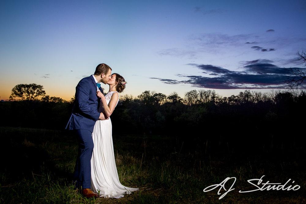 Cincinnati wedding with a sunset background