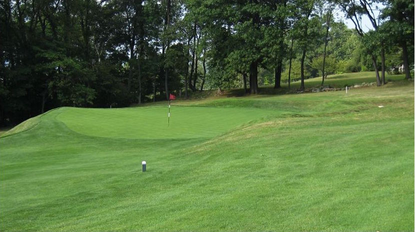 The challenging green complexes of Valley Country Club are sure to create drama this May.