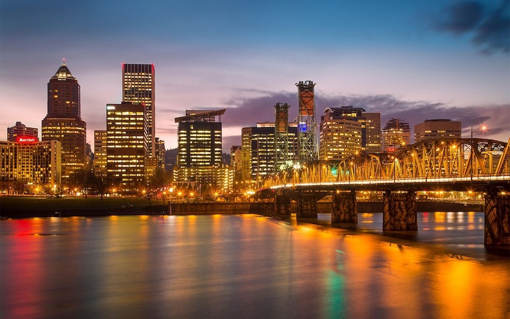 A nice sunset view of downtown Portland. And that's the Hawthorne bridge all lit up.