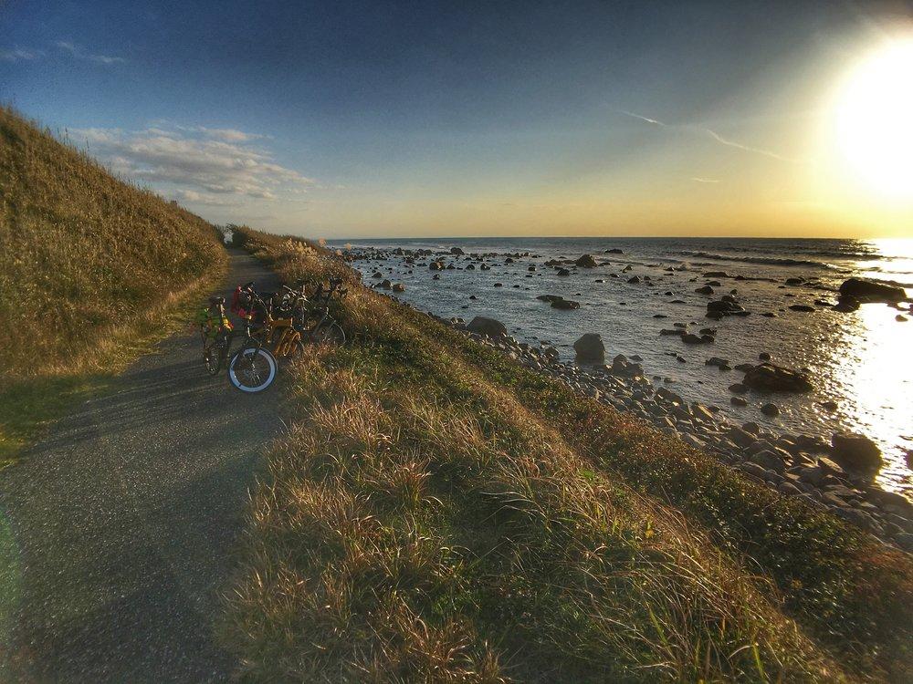Soaking in the golden hour rays along the beautiful bike path hugging the Shika coastline.