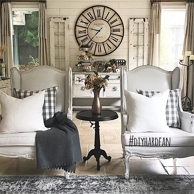 Our #diyhardfan feature this week goes to @fancypantsmommyco! Jaclyn is a DIY expert—can you believe she did the shiplap, window trim, painted buffet, AND curtains + rods?? It looks so amazing 😍 🌸🛠 Thank you so much @werethejoneses for guest hosting this week and thank you to everyone who participated! Every Wednesday, a winner is featured on all our accounts and invited to guest host with us the next round, so to play along: 1️⃣ post a photo of your DIY project between Wednesday AM and Tuesday night. Don't forget to use #diyhardfan in your posts! 2️⃣ follow ALL your hosts (we check 😜) & to make sure we see your posts, please TAG your hosts: @thecozyhearth @thedefineryco @thewindinghollow @mitchellmadefarmhouse & our featured account @fancypantsmommyco 3️⃣ tag some friends to play along! · #decorhashtagfeed