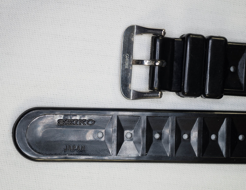 XGL-731 Buckle and Markings
