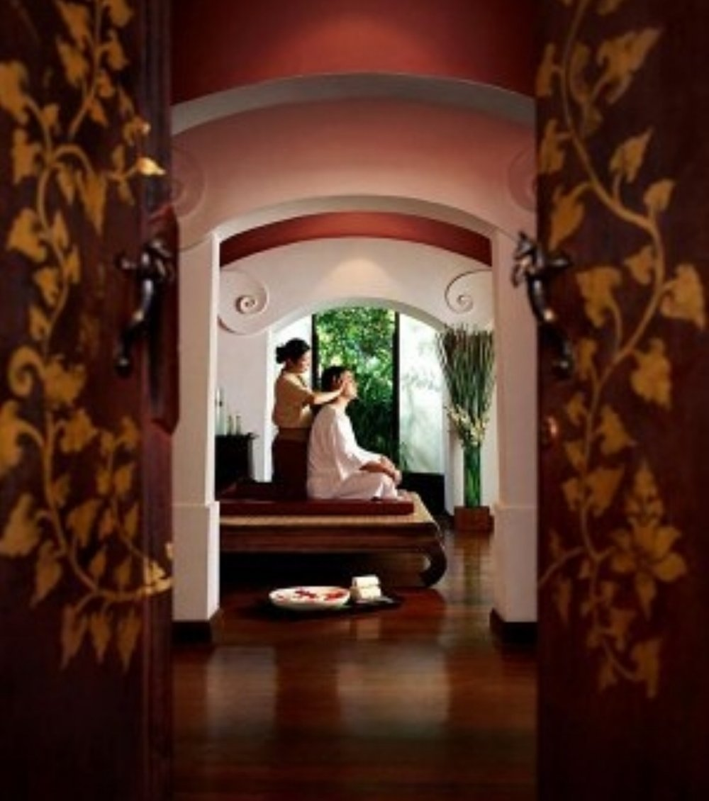 Thai body work and massaging along sen or energy lines is a great Thai treatment to relieve aches and pains.
