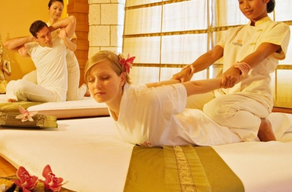 During a Thai massage the practitioner uses their hands, elbows, knees and feet to compress muscles, release tense points and to gently stretch the body allowing it to relax, open and literally decompress.