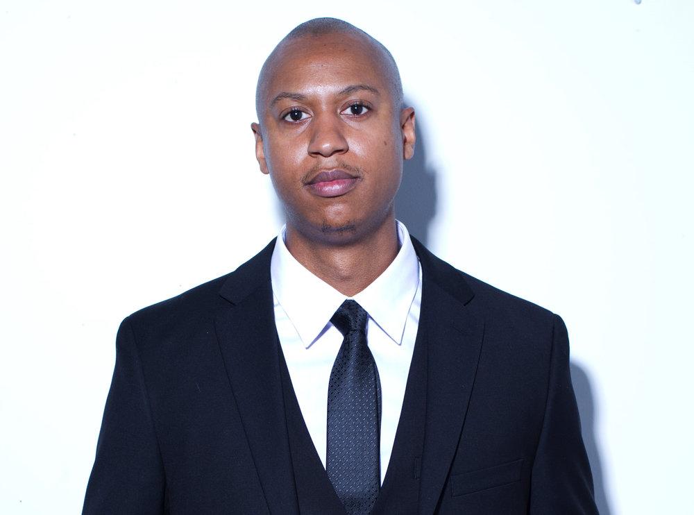 Demetrius Walker Headshot.jpg