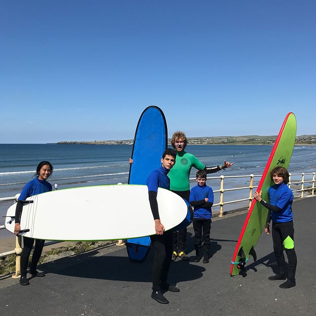 🏄‍♂️Kids camps are go!!! 👍 What a start to the summer holidays ☀️Fantastic waves for the first day under bright blue skies. Bookings available, give us a call on 0861422988 or pop in and say hi 👋
