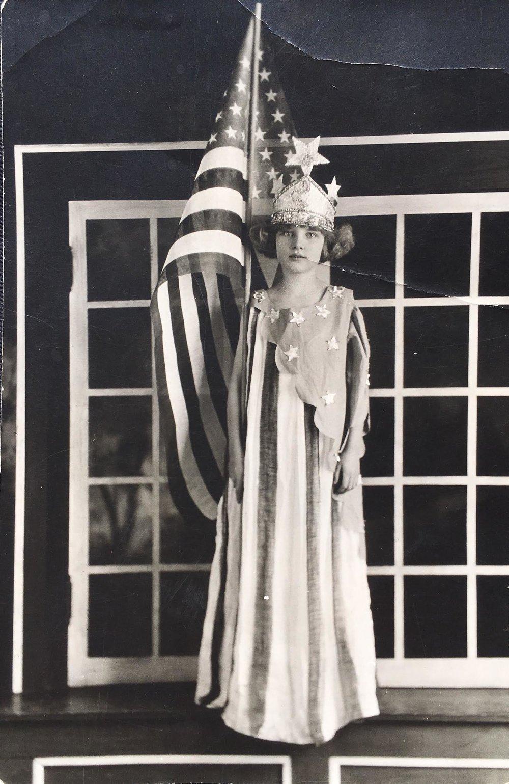 Miss Liberty, Lois 1924