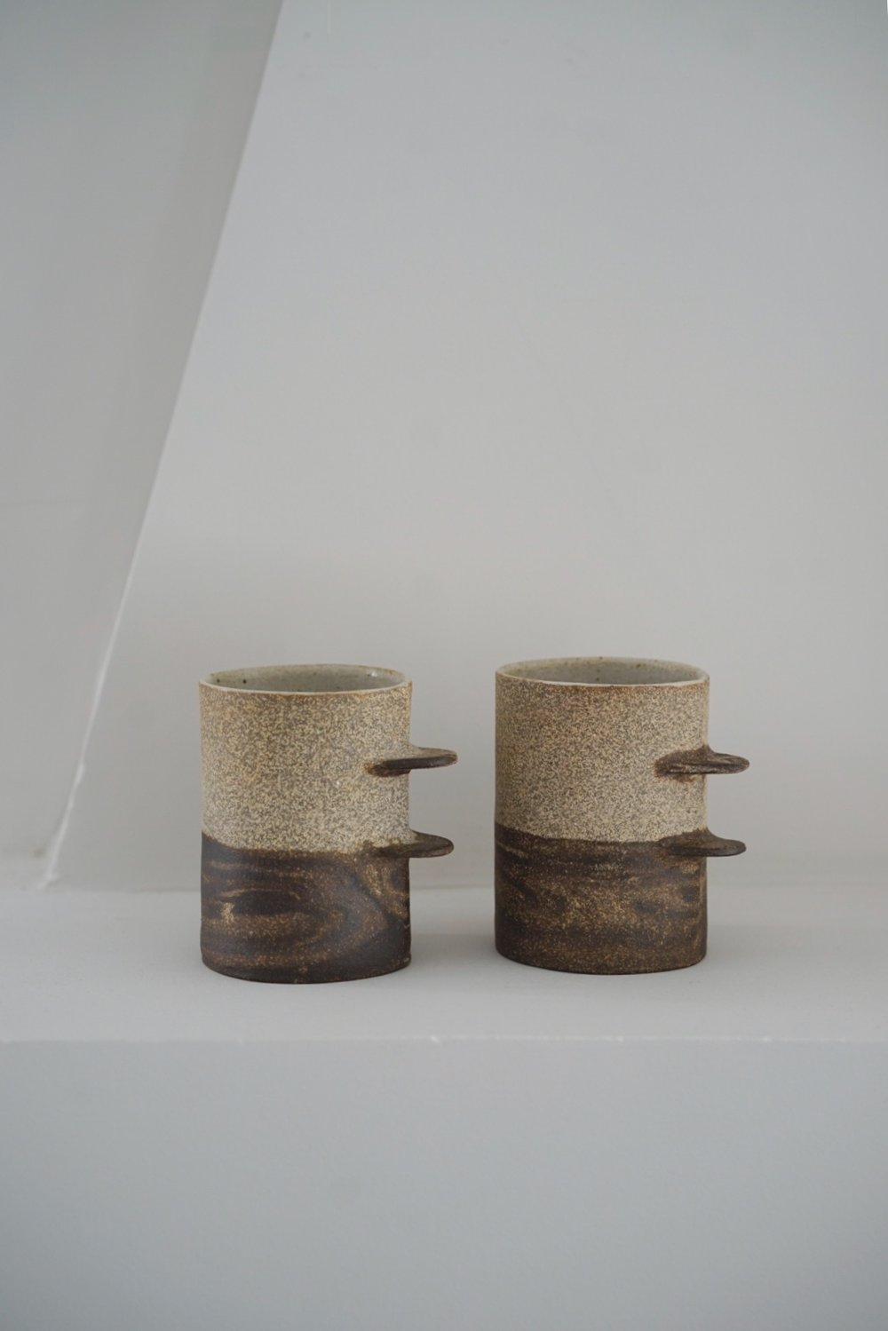 Death Valley (a set of two artworks), Chunmei Jia, 9 cm x 9.5 cm, Stoneware, 2017.