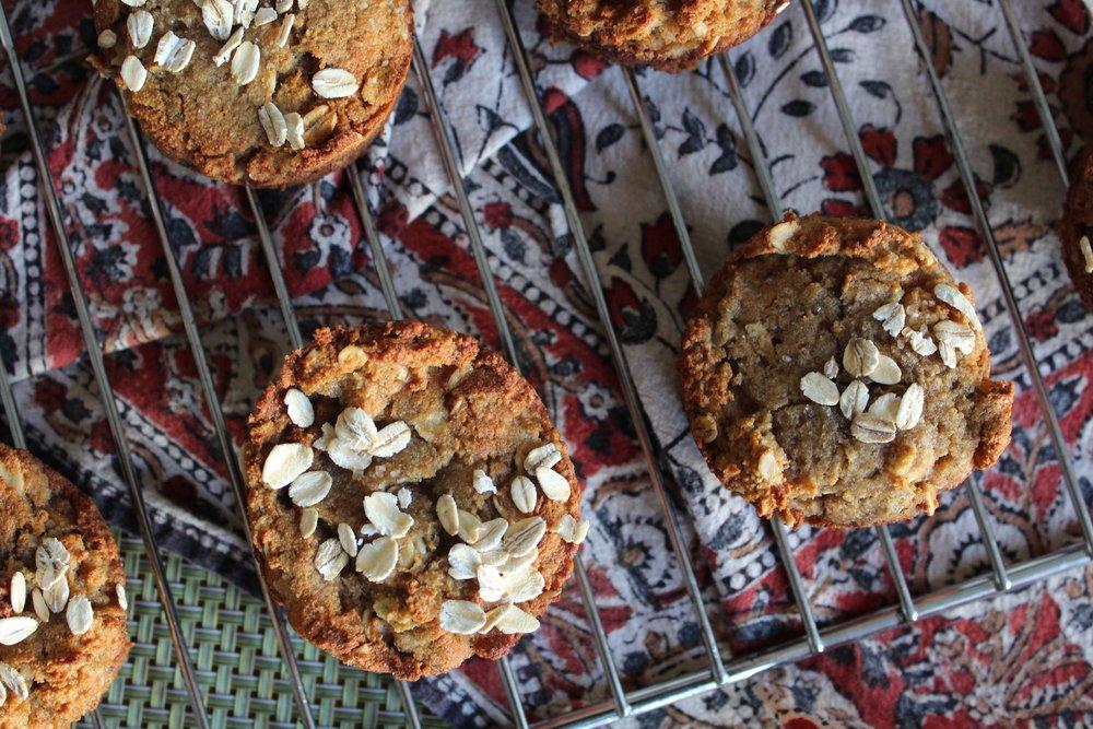 Honey Oat Banana Muffins (Gluten Free) Recipe on www.natashawellness.com