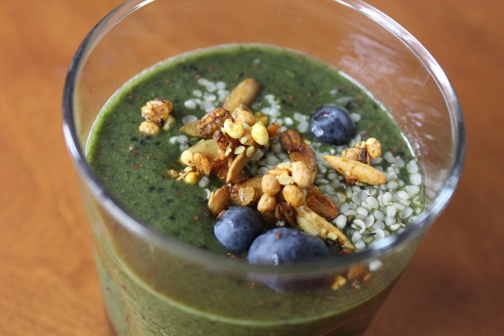 Morning Green Smoothie Recipe from www.natashawellness.com