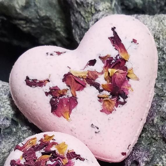https://www.etsy.com/listing/521075670/rose-bath-bomb-heart-shaped-bath-bomb