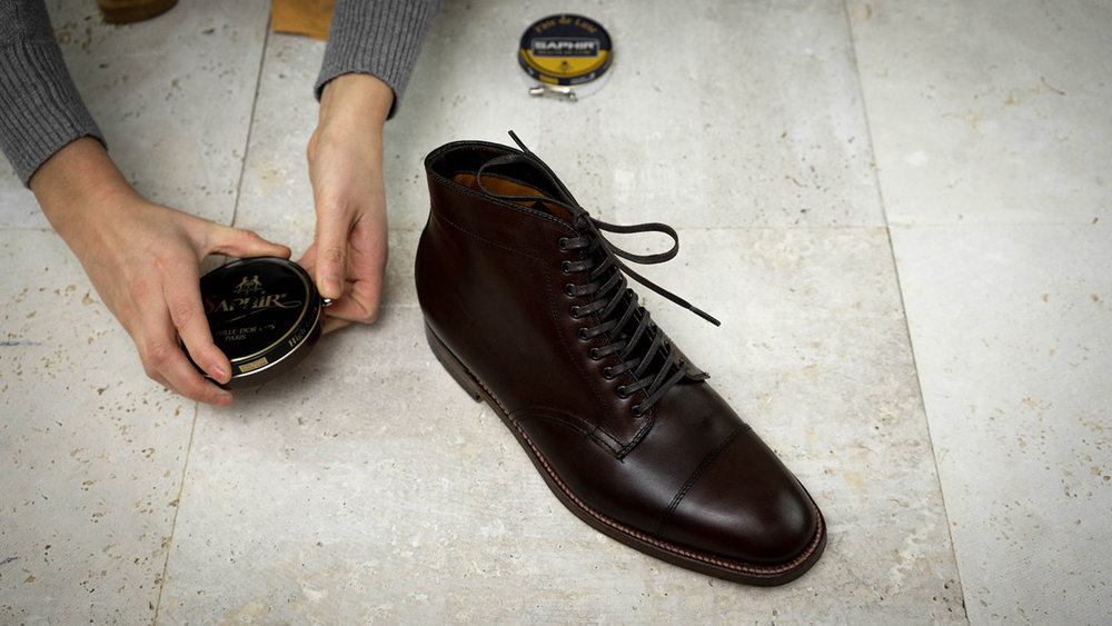 khakis-shoe-care-polish.jpg