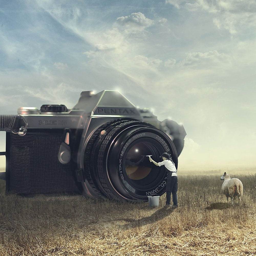 old_camera_by_fantasyart0102-db724bg.jpg