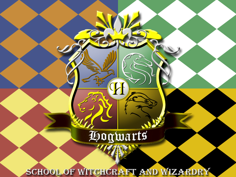 hogwarts_crest_by_ajb3art.jpg