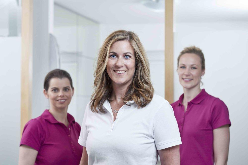 Hautarzt-Weinheim_Dr-Nina-Mueller_Gruppe Unschaerfe_035.jpeg