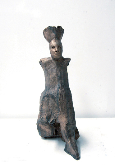 Justin Williams,  Sphinx with Head Basket , 2014, stoneware ceramic, 25 x 13 x 13cm