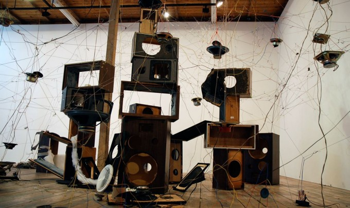Chaco Kato & Dylan Martorell, S.E.A. Anuran Sound System, 2010, speakers, wire, sound