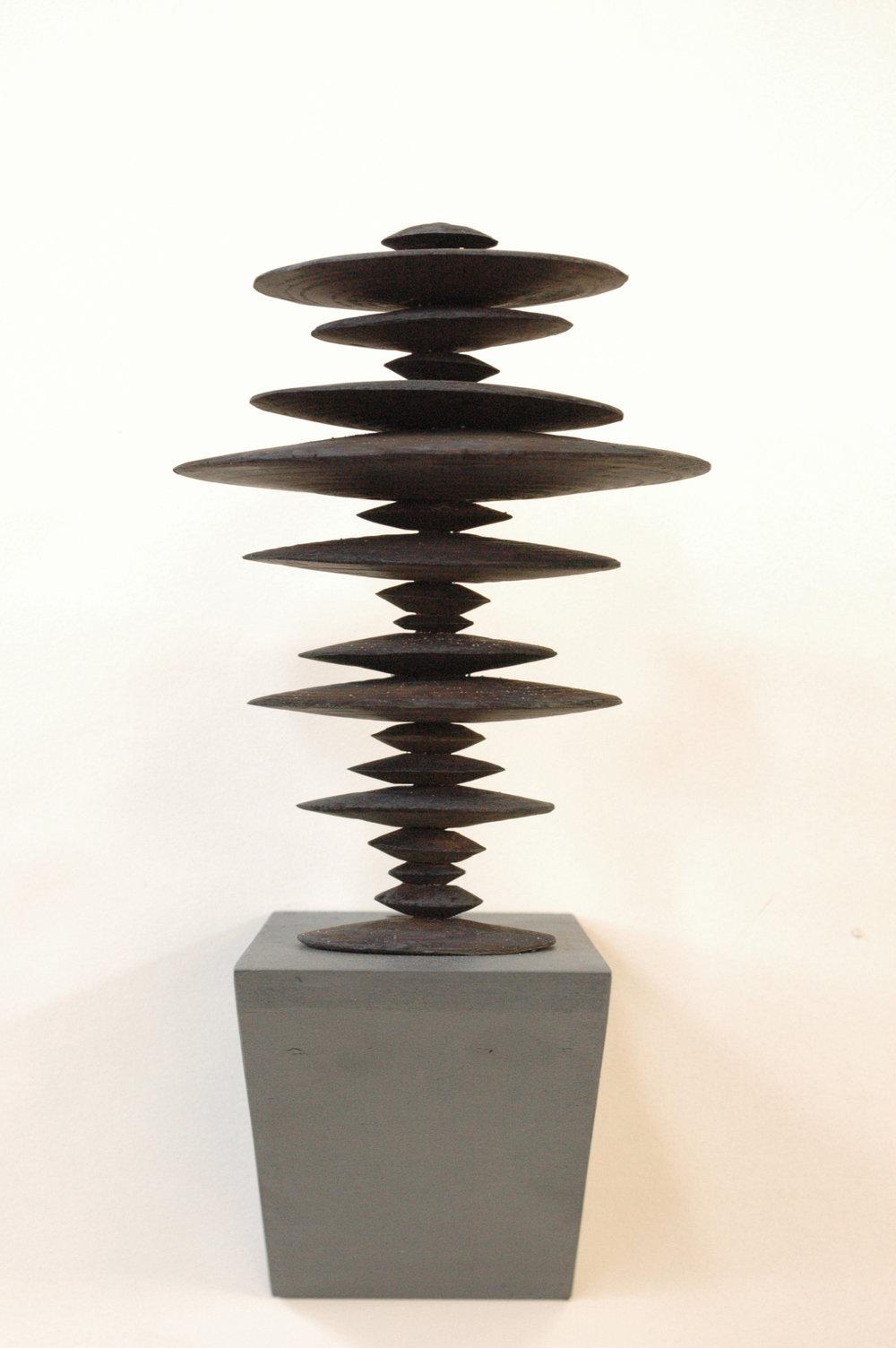 Ewen Coates,  satori time machine #2 , 2012, bronze