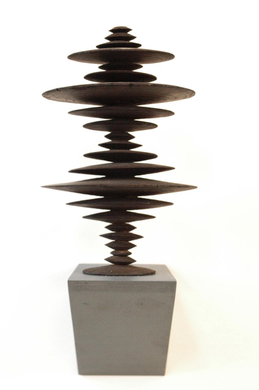 Ewen Coates,  satori time machine #4,  2012, bronze