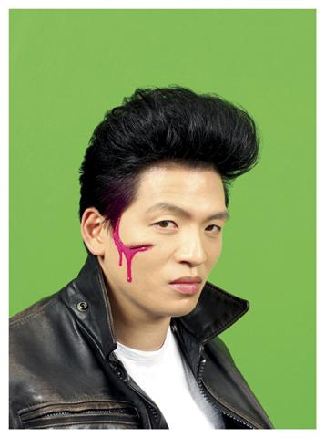 Owen Leong, Tom Cho, 2009, pigment print, 65 x 64cm