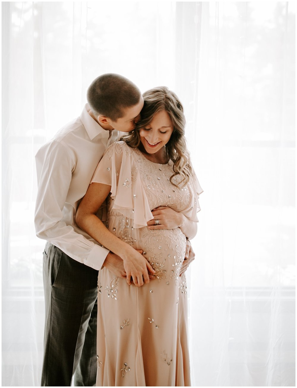 Becca+Grant-Maternity-12_WEB.jpg