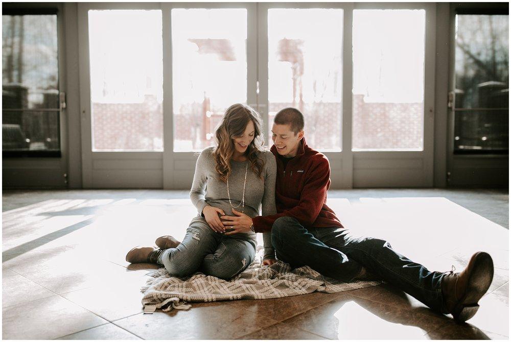 Becca+Grant-Maternity-93_WEB.jpg