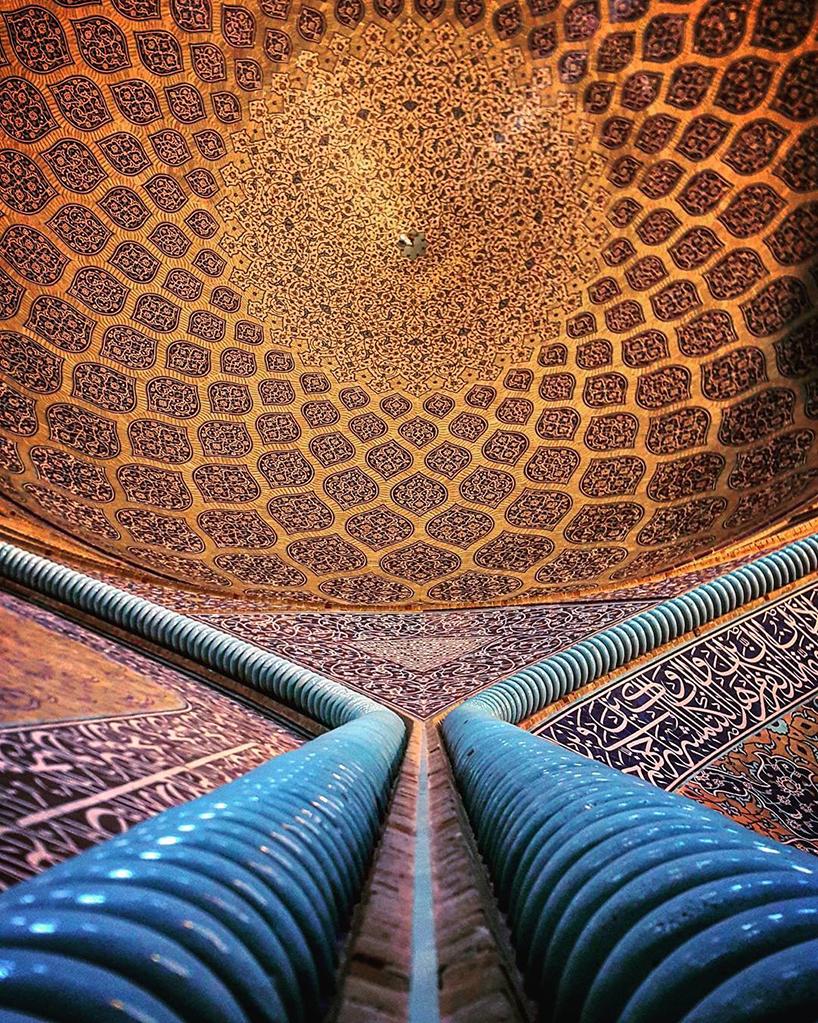 Les-Plafonds-étonnants-de-lArchitecture-iranienne-12.jpg